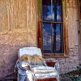 Ghostwinds Photography - Once Upon A Porch