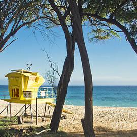 Sharon Mau - Oneloa - Big Beach Makena Maui Hawaii
