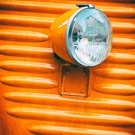 Silvia Ganora - Orange van headlight