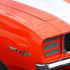 Mark Spearman - orange Z28 closeup