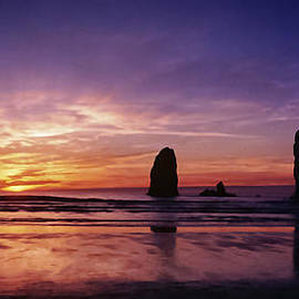 Wes and Dotty Weber - Oregon Coast Sunset W1997