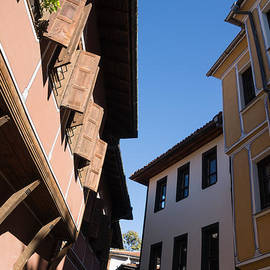 Georgia Mizuleva - Oriel Windows and Renaissance Facades in Old Town Plovdiv Bulgaria