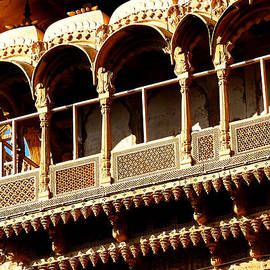 Sue Jacobi - Ornate Terrace Balcony Windows Jaisalmer Fort Rajasthan India