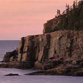 Juergen Roth - Otter Cliff at Dawn