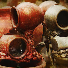 Terry Fleckney - Overflowing Pottery