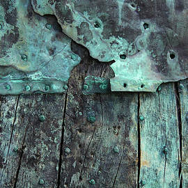Maria Meester - Oxidized copper