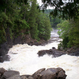 Richard Andrews - Oxtongue River - Ragged Falls