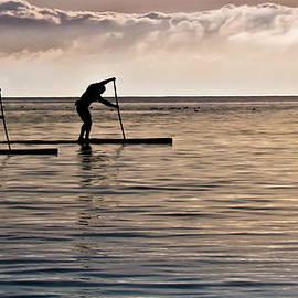 Eva Kondzialkiewicz - Paddle Surfing