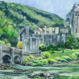 Carol Wisniewski - Painting Eilean Donan Medieval Castle Scotland