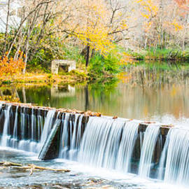 Parker Cunningham - Panorama of Buck Creek In Autumn