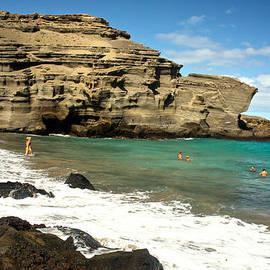 Venetia Featherstone-Witty - Papakolea Green Sand Beach