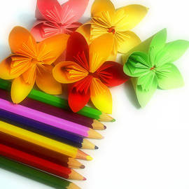 Chandana Arts - Paper Pencils and Colors