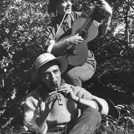 Colette V Hera  Guggenheim  - Pappa Hans and Chris with their flute and Guitar Gitana