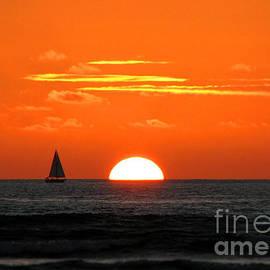 Kristine Merc - Paradise Sunset Sail