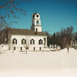 Elizabeth Thomas - Paris Hill Town Green Maine