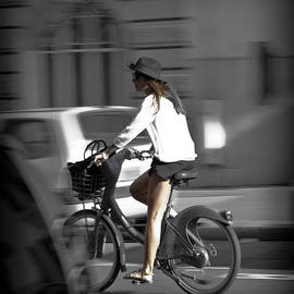Maj Seda - Parisian Girl Cyclist