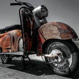 Lance Vaughn - Patinated Zundapp Bella Scooter 001