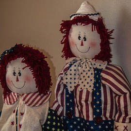 Jon Cody - Patriotic Dolls