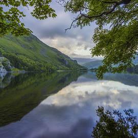 Ian Mitchell - Peaceful Lakeside