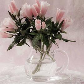 Sandra Foster - Peach Godetia Bouquet