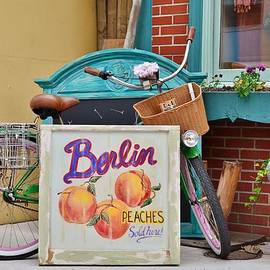 Kim Bemis - Scene at Bungalow Love - Berlin Maryland