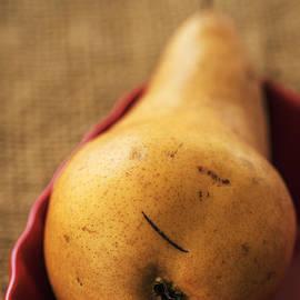 Vishwanath Bhat - Pear still life