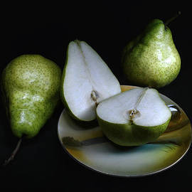 Geoffrey Coelho - Pears On Noritake - Still Life