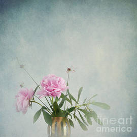 Artskratches - Peonies still life