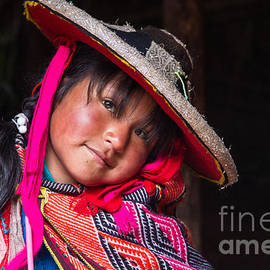 Dan Hartford - Peruvian Child 4