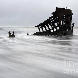 Bob Christopher - Peter Iredale Shipwreck Oregon 2