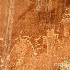 Eva Kato - Petroglyphs or Space Men?