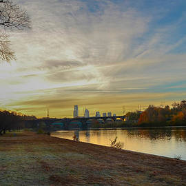 Bill Cannon - Philadelphia along the Schuylkill River at Sunrise