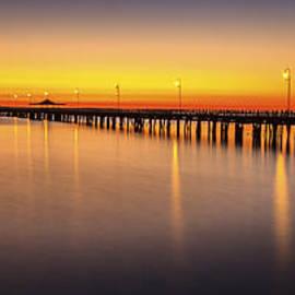 Peta Thames - Pier Before Dawn