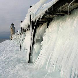 Allan Lovell - Pier Freeze