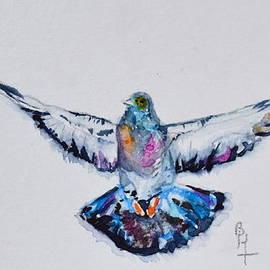 Beverley Harper Tinsley - Pigeon In Flight
