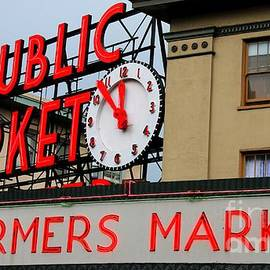 Tap  On Photo - Pike Place Farmers Market Sign