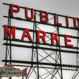 Tap  On Photo - Pike Place Public Market Sign