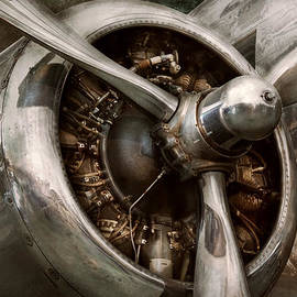 Mike Savad - Pilot - Prop - Propulsion