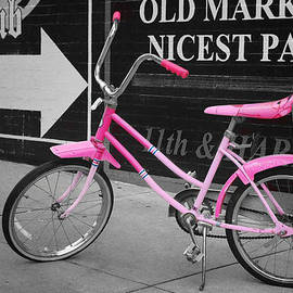 Nikolyn McDonald - Pink Bike