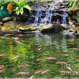 Sergey Lukashin - Pink fish in the pond