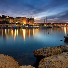 Milan Gonda - Piraeus marina