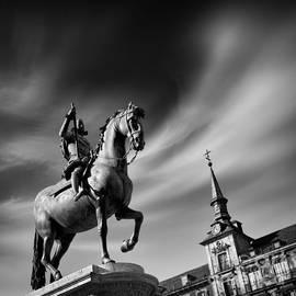 Rod McLean - Plaza Mayor - Madrid