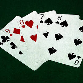 Alexander Senin - Poker Hands - Straight 2