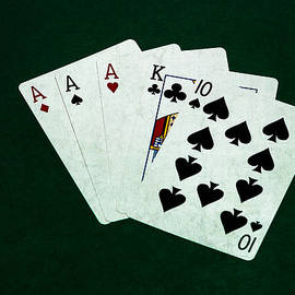 Alexander Senin - Poker Hands - Three Of A Kind 4