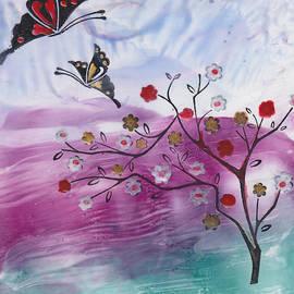 Ana Lusi - Pollinating