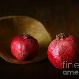 Matild Balogh - Pomegranate