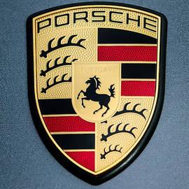 Jill Reger - Porsche Hood Emblem - 0698c45