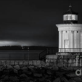 Jerry Fornarotto - Portland Breakwater Lighthouse BW