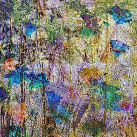 Kiki Art - Posies in the Grass