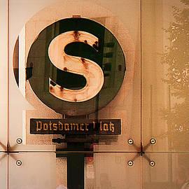 Li   van Saathoff - Potsdamer Platz  Berlin  Station Sign